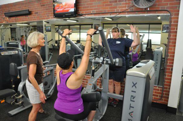 women-exercising-equipment